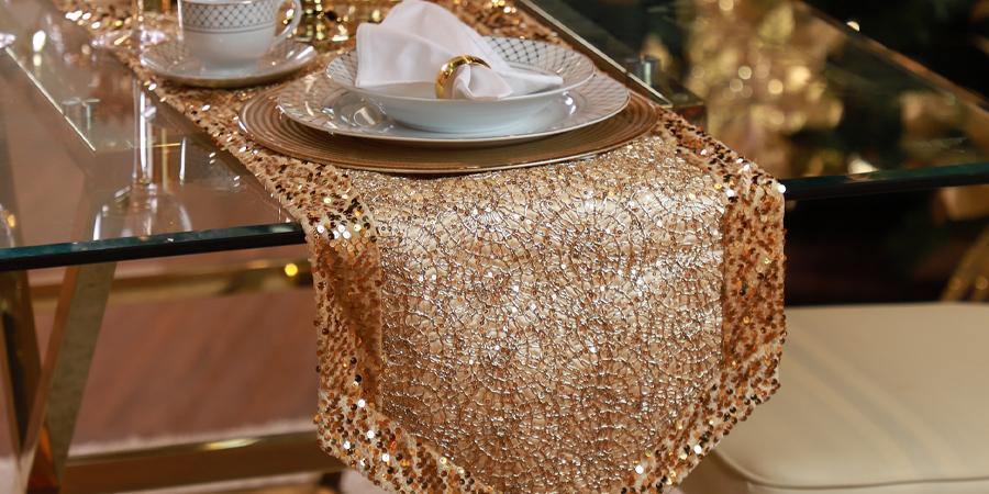 Camino de mesa dorado de Navidad Santini