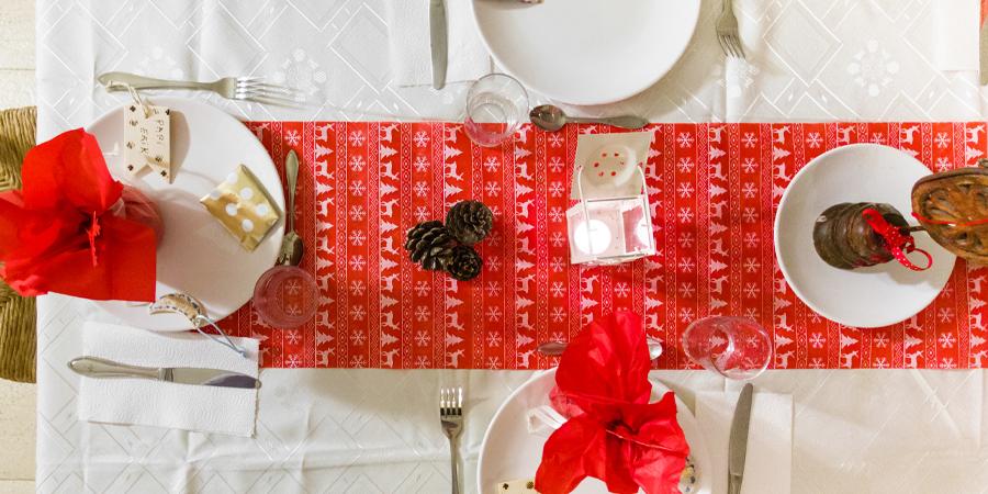 Camino de mesa para decorar la mesa de Navidad